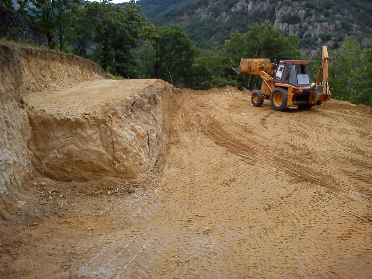Terrain en pente terrassement zm23 jornalagora for Idee terrassement